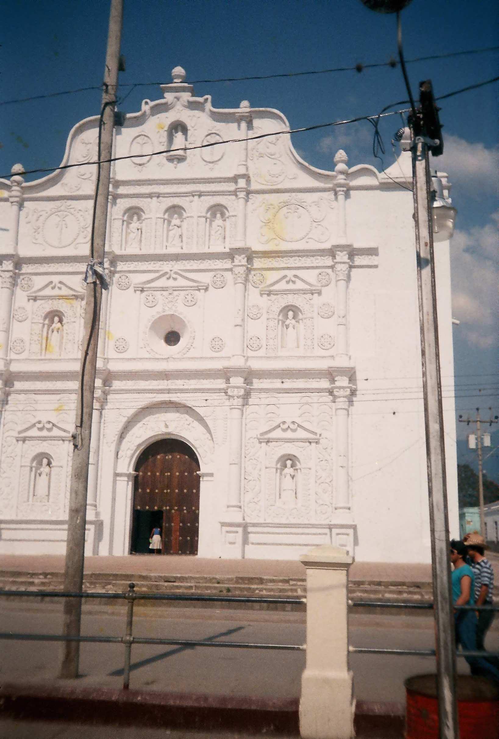 Comayagua town square church